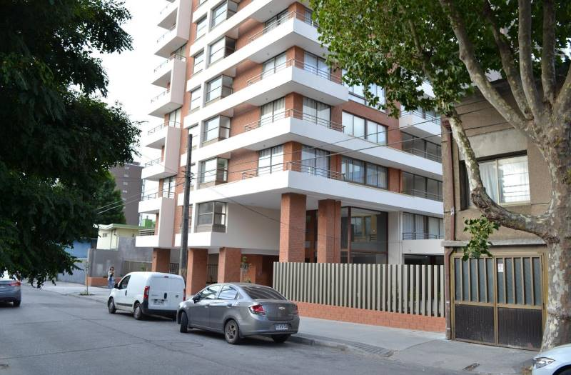 EDIFICIO JANEQUEO 564
